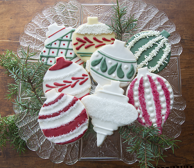 Red And Green Ornament Cookies India Tree